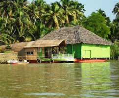 Poovar Honeymoon Trip